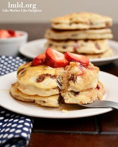 """The delicious """"neapolitan"""" pancakes combine vanilla extract, chocolate chips and strawberries and are a perfect breakfast or brunch option! #lmldfood"""