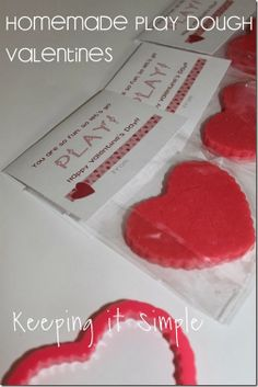 Keeping it Simple: Homemade Play Dough Valentine with free printable #freeprintable #valentinesday #keepingitsimple