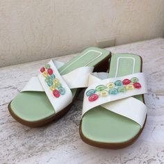 quality design 336b7 755a1 Sesto Meucci White Leather Beaded Slip On Wedge Sandals Womens Size 9.5 M  Great  SestoMeucci