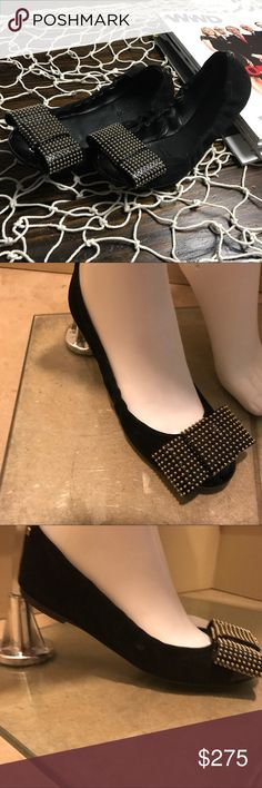 Louis Vuitton Round town studded bow flats In fabulous condition.  Black suede Louis Vuitton round-toe ballet flats with brass stud embellishments throughout and covered heels. Markings on the sole. Size 36 Louis Vuitton Shoes Flats & Loafers