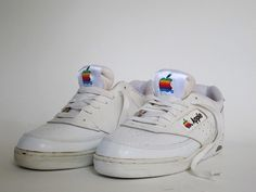 These vintage Apple shoes were part of the company's line of employee-exclusive clothing that covered workers from visor-topped head to clunky sneakered toe. Adidas Vintage, Converse, Vans, Vintage Sneakers, 90s Sneakers, Adidas Sneakers, Sneakers 2016, 90s Shoes, Basket Vintage