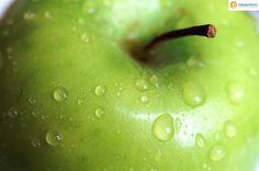 Mela Val di Non DOP è un prodotto ortofrutticolo italiano a Denominazione di origine protetta. La denominazione è riservata a mele delle varietà Golden Delicious, Renetta, Red, Gala, Morgenduft, Jonagold, Fuji, Braeburn, Pinova. La zona di produzione, all'interno della provincia di Trento, corrisponde a quella parte del bacino idrografico del torrente Noce che ricade nella val di Sole e nella val di Non.