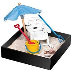 This Beach Break Mini Executive Sandbox Set by BE Good Company is perfect!