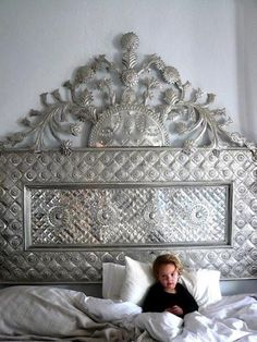 Tin headboard - Interior Design - Home Decor - Shabby Chic Bedroom Furniture, Bedroom Decor, Mirror Furniture, Design Bedroom, Furniture Ideas, Dream Bedroom, Home Bedroom, Master Bedrooms, Bedroom Suites