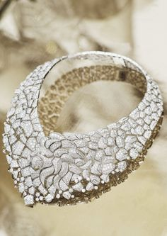 "White gold and diamond collar from ""Sous le signe du Lion"" by Chanel.  Photo © Chanel Joaillerie"