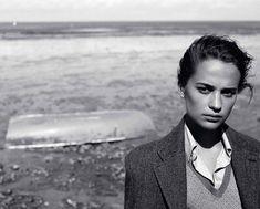 Алисия Викандер в Vogue (Интернет-журнал ETODAY)