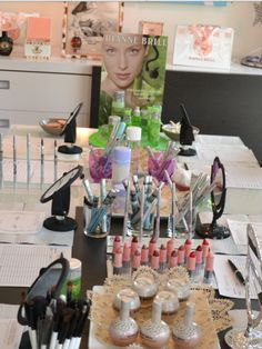 Dianne Brill Beauty home Parties are such a celebration of Gorgeous ...Just look at that table Sandra made for youxx
