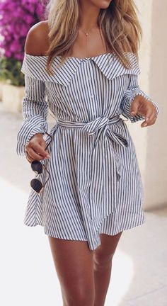 This is one of the summer sundresses that is nautical and preppy. outfits The Cutest Summer Sundresses That Can Be Worn For Anything White Summer Outfits, Summer Outfits Women 30s, Simple Outfits, Trendy Outfits, Summer Holiday Outfits, Summer Outfits For Vacation, Summer Clothes For Women, Holiday Outfits Women, Summer Fashions