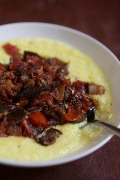 Berinjela ao molho com polenta de milho verde - Papacapimblogspot