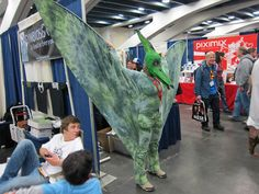 Pterodactyl costume at WonderCon 2011 | Flickr: Intercambio de fotos