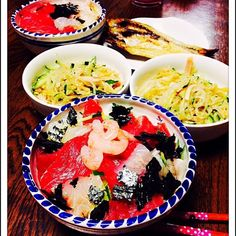 最近 やたらと お刺身が 食べたくて 海鮮丼が 多いです 簡単だし 春雨サラダ カマスの干物 - 34件のもぐもぐ - 鉄火丼 by mame0302