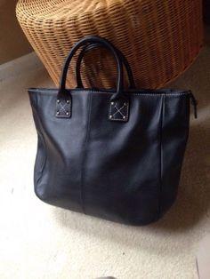 GAP 100% LEATHER Black TOTE BAG TABLET BOOKBAG PURSE TRAVEL BAG