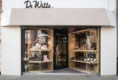 De Witte Jewellry, (Rue de l'église) - Winner of 2014's edition. Owner: De Witte Family Architects: Lhoas & Lhoas www.pdewitte.be www.lhoas-lhoas.com photo ©Charlotte Delval