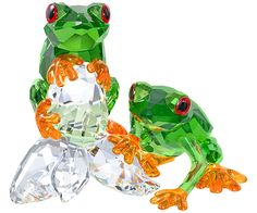 Looking for Swarovski Frogs ? Check out our picks for the Swarovski Frogs from the popular stores - all in one. Swarovski Crystal Figurines, Swarovski Jewelry, Swarovski Crystals, Cut Glass, Glass Art, Green Frog, Glass Figurines, Glass Animals, Sculptures