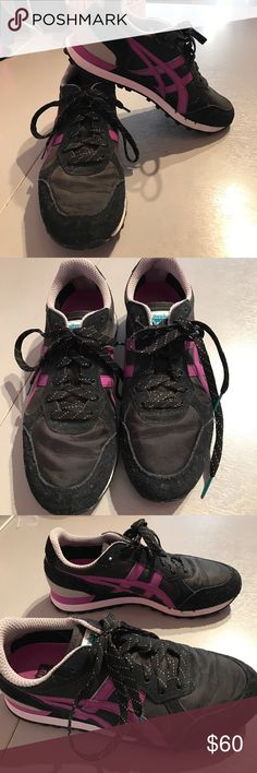 Asics onitsuka tiger 7.5 sneakers shoes Asics onitsuka tiger 7.5 sneakers shoes in like new or very gently worn clean condition. No box. Color is black and purple. No trades. Consigned to my boutique. Onitsuka Tiger Shoes Sneakers