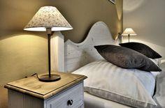 Manželská postel Grand Apartments, Špindlerův Mlýn