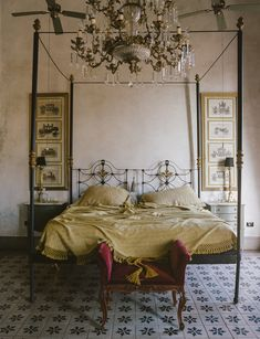 l hotel coqui coqui au mexique et son lit a baldaquin travaille capture dans le
