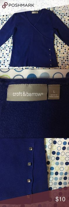 Flash Sale ❗️Croft & Barrow Sweater This sweater is in good shape. The only flaw is that some rhinestones are missing from the accents on the bottom of the sweater as pictures above. Croft & Barrow Sweaters V-Necks