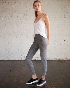 Love to keep things cozy? Kick it in comfort with these unbelievably plush, stretch leggings. Just add your favorite sweatshirt or tank for an irresistible head-to-toe look.