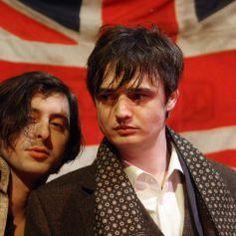 Carl Barât et Pete Doherty, 31 mars 2010 Carl Barat, Pete Doherty, The Libertines, Love Me Forever, Stylish Kids, Photos, Darts, Rock Stars, My Love