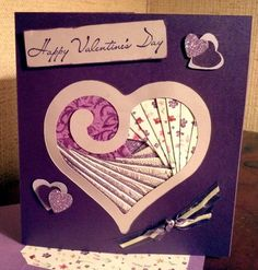 New Valentine's design Paper Folding Designs, Iris Folding Templates, Iris Paper Folding, Iris Folding Pattern, Origami Folding, Paper Quilt, Paper Piecing, Paper Cards, Folded Cards
