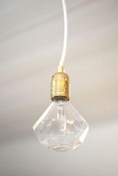 Frama Diamond Lights Leuchtmittel transparent bei http://www.flinders.de/frama/
