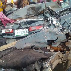 ArmanikEdu: Two  People died in Fatal accident along Oshodi-Ap...
