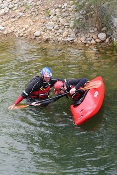 Whitewater Kayak Tips 20 Things Every Paddler Needs to Know: Essential Paddling Skills - Before you can truly call yourself a paddler, there are a handful of paddling skills you'll need to master. Here's our list of the 20 most essential skills. Kayak Camping, Canoe And Kayak, Kayak Fishing, Fishing Tips, Fishing Boats, Canoe Trip, Camping Tips, River Kayak, Sea Kayak