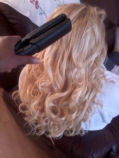 Wedding Hairstyles Half Up Half Down : kyra Ig : Kyrapg I Like Your Hair, Love Hair, Big Hair, Gorgeous Hair, Curled Hairstyles, Pretty Hairstyles, Wedding Hairstyles, Natural Hair Styles, Long Hair Styles