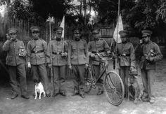 Soldados pertenecientes a la Escuela de Comunicaciones