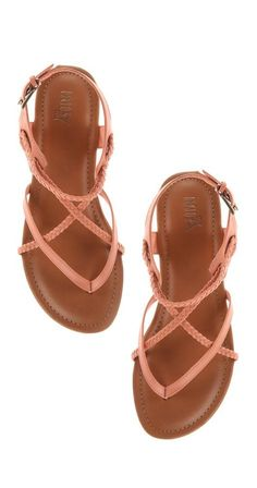 Sandals Summer - Coral braided sandals - There is nothing more comfortable and cool to wear on your feet during the heat season than some flat sandals. Cute Sandals, Cute Shoes, Me Too Shoes, Shoes Sandals, Flat Sandals, Teva Sandles, Coral Sandals, Strappy Sandals, Sock Shoes