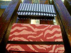 Descrição: capa para smartphone animal print rosa  e quadriculada preto e branco Modelo: 13 Tamanho: 13x2x7x3 Contato: rosanawendt@yahoo.com.br http://twitter.com/rosanawmonteiro Curta página no facebook:  http://www.facebook.com/rosanawmonteiro
