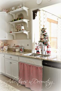 Adventures in Decorating: Our 2014 Christmas Kitchen ...