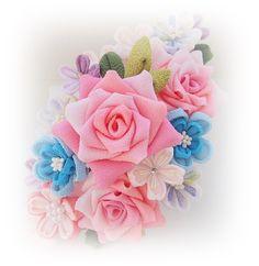 つまみ細工でバラの横長コームの画像 | つまみ細工 花ちりめん