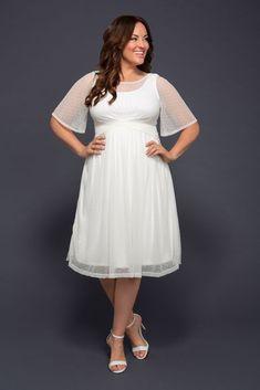 Plus Wedding Dresses, Alternative Wedding Dresses, Plus Size Wedding, Wedding Dress Styles, Bridal Dresses, Lace Dresses, Tunic Dresses, Casual Wedding Gowns, Short Wedding Gowns