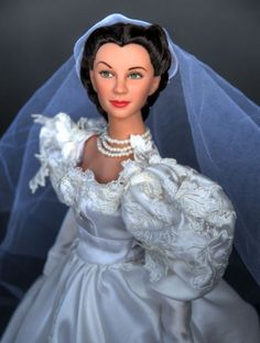About Scarlett Wedding Day: Tonners recently released Scarlett OHara Wedding Day doll and outfit; flower bouquet not included!