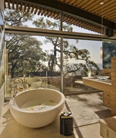 I need to live somewhere I can have a bathroom with a view. Classic Handmade Ceramic Sink from Argentina - Diseño.