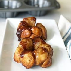 When you don't need to feed a brunch crowd, this monkey bread for two is the perfect solution. Rock Crock Recipes, Mug Recipes, Brunch Recipes, Sweet Recipes, Cooking Recipes, Nutella Recipes, Batch Cooking, Breakfast Recipes, Single Serve Desserts