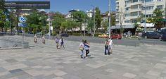Google Street View camera stitching glitch produces twins.