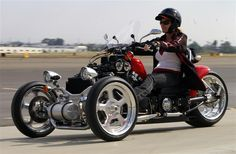 Bikernet is your one and only American Harley Davidson Chopper Custom Motorcycle Online Magazine in the Galaxy. We feature bike fabrications, motorcycles techs, industry news, major events, motorcycle insurance stories and anything that moves. Concept Motorcycles, Cool Motorcycles, Choppers, Electric Bike Review, Trike Kits, E Skate, Harley Davidson Trike, Custom Trikes, Reverse Trike