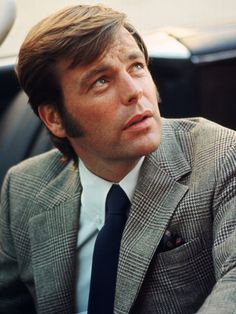 "Robert Wagner in ""It Takes a Thief"" - so handsome!"