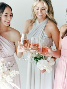 This How To for dyed bridesmaid dresses shows you how you can use Rit Dye to ace the mismatched bridesmaid trend and not break the bank! We dyed convertible maxi dresses in pastel tones to match the elegant mood of this modern minimalist wedding aesthetic. See the full DIY on Ruffled! #mismatchedbridesmaids #weddingtrends #dyedweddingideas Patterned Bridesmaid Dresses, Mismatched Bridesmaid Dresses, Modern Minimalist Wedding, Rit Dye, Two Piece Dress, Tulle Dress, Wedding Trends, Party Dress, Gowns