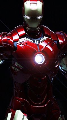 IRON MAN - For years, Tony Stark reaped the benefits of his patented weapons; After being captured by terrorists, he builds a suit of armor, keeping the power in a single person's hands to better control things; He is Iron Man Marvel Comics, Marvel Heroes, Marvel Avengers, Comic Book Characters, Marvel Characters, Spiderman, Batman, Iron Man Art, Iron Man Wallpaper