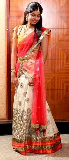 UGADI special for girls Langa onis images, Photo Gallery Half Saree Designs, Saree Blouse Designs, Indian Dresses, Indian Outfits, Indian Clothes, Ethnic Fashion, Indian Fashion, Women's Fashion, Fashion Trends