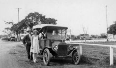 Arriving at Manly Showground, in NSW in a 1916 Model T Ford Tourer, photo taken sometime in December 1928 v Old Photos, Vintage Photos, Avalon Beach, Manly Beach, Australia Day, Historical Pictures, Brisbane, Antique Cars, The Past