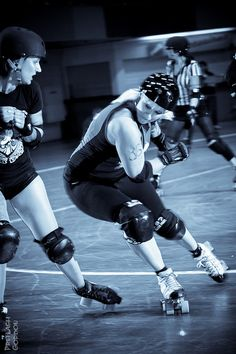 love me some roller derby!!!