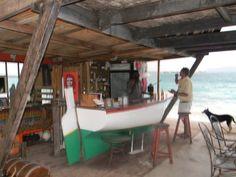 Bankie's boat bar