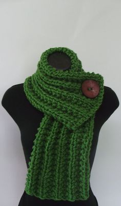 Forest Green Single Button Scarf
