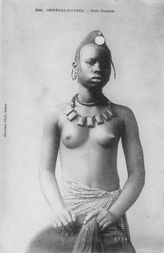 Africa | Fulani (Foulah) woman. Senegal - Guinea. ca. 1905 | Scanned old postcard; Collection Générale Fortier