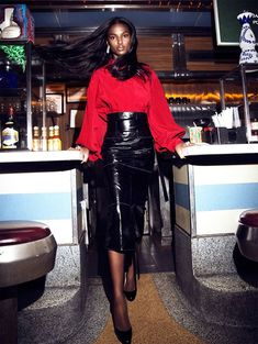 Tsheca White in Call and Response by Lina Tesch in Schon! Fashion Killa, Ootd Fashion, Diner Party, Call And Response, Fall Chic, Pencil Skirt Outfits, Portraits, Editorial Fashion, Leather Skirt